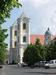 The double towers of the St. Bartholomew's Church or Great Church - Gyöngyös, Maďarsko