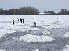 The frozen Naplás Lake - Budapešť, Maďarsko