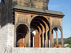 """The special """"Székely gate"""" of the Village Community Center in Kakasd - Kakasd, Ungaria"""