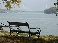 The Megyeri Bridge (also known as the Northern M0 Danube bridge) from a bench of the Római-part (river bank) - Budapeszt, Węgry