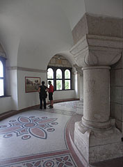 The interior of the Elizabeth Lookout Tower on the lowest floor - Budapeszt, Węgry