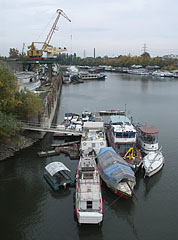 The Ganz Danubius Shipyard and the winter harbor in the Újpest Bay, viewed from the Újpest Railway Bridge - Budapeszt, Węgry