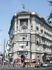 The Fonciére Palace is as old as the Andrássy Avenue - Budapest, Ungarn