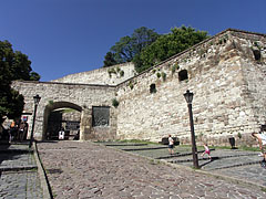 The entrance of the outer castle is also the main gate of the Eger Castle - Eger (Erlau), Ungarn