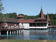 Thermal lake bath - Hévíz, Ungarn