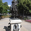 "The ""Girl with a Pitcher"" statue and fountain - Jászberény, Ungarn"