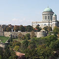 The Castle of Esztergom and the Basilica on the Castle Hill, viewed from the Szent Tamás Hill - Esztergom, Hongarije