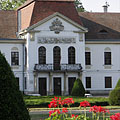The neoclassical and late baroque style Széchenyi Palace or Mansion of Nagycenk village - Nagycenk, Hongarije