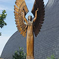 """The left figure in the """"Angels of the light and the darkness"""" wooden sculpture group - Paks, Ungari"""