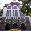 The Transylvanian motif decorated Hungarian secession (Art Nouveau) style Reformed New College - Kecskemét, Ungarn