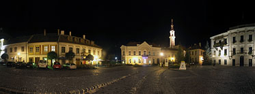 ××City Hall by night - Veszprém, Ungarn