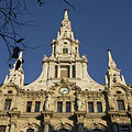 The main facade with steeples on the New York Palace - Budapest, Ungern