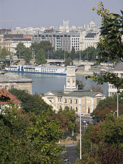 The riverbanks of the Danube, with the Várkert Kiosk (Royal Gardens Kiosk) in the middle - Budapest, Hungary