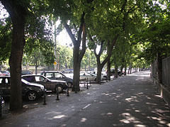 Wide sidewalk and bike path in one - Budapest, Hungary
