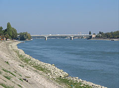 The view of the Árpád Bridge from the riverbanks of Danube at Óbuda - Budapest, Hungary