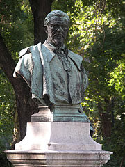 Bronz half-length statue of the Hungarian mining engineer Vilmos Zsigmondy - Budapest, Hungary