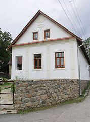 Authentic dwelling house that well fits into the cultural landscape - Jósvafő, Hungary
