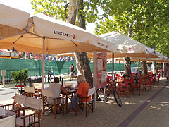 Restaurant terraces (Fun Bungee Pub) on the promenade - Siófok, Hungary