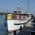 "The ""Csongor"" motorized excursion boat - Balatonfüred, ハンガリー"