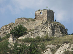 Ruins of the Castle of Sirok on the top of the rock - Sirok, ハンガリー