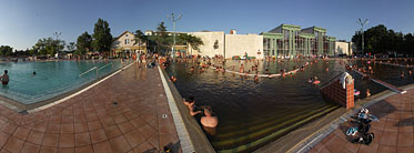Open-air and thermal bath, Medicinal Spa - Hajdúszoboszló, Hungary