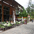 The Café Ponyvaregény on the promenade - 布达佩斯, 匈牙利